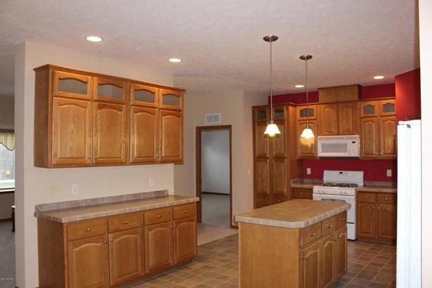 Single Family Residence, Ranch - Lowell, MI (photo 4)