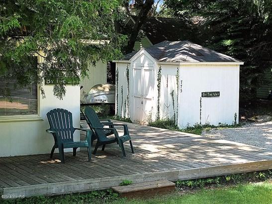 Cabin/Cottage, Single Family Residence - Mears, MI (photo 5)