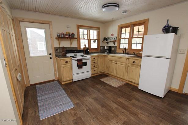 Cabin/Cottage, Single Family Residence - Hersey, MI (photo 4)