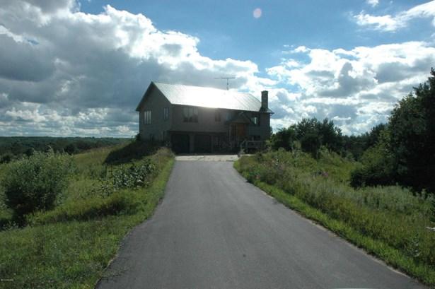 Single Family Residence, Bi-Level - Big Rapids, MI (photo 1)