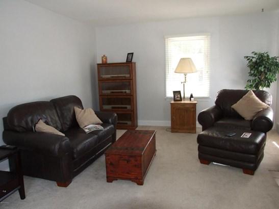 Single Family Residence, Traditional - North Muskegon, MI (photo 3)