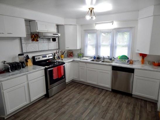 Single Family Residence, Colonial - Muskegon, MI (photo 2)