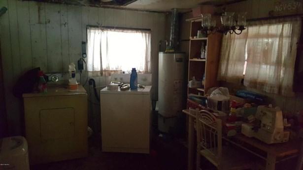 Single Family Residence, Ranch - Newaygo, MI (photo 2)