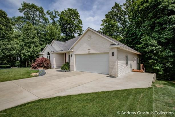 Single Family Residence, Ranch - Grand Rapids, MI (photo 2)