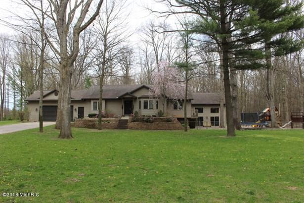 Single Family Residence, Ranch - West Olive, MI (photo 1)