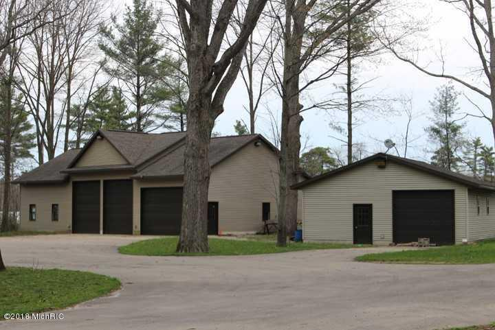 Single Family Residence, Ranch - West Olive, MI (photo 3)
