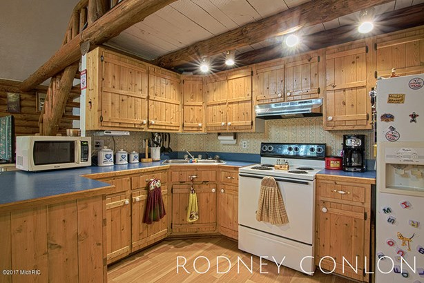 Single Family Residence, Log Home - Bloomingdale, MI (photo 5)