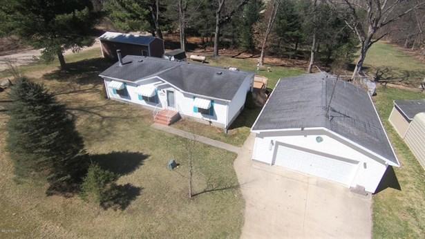 Single Family Residence, Ranch - White Cloud, MI (photo 2)