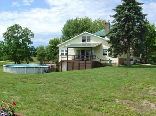 Farm House, Single Family Residence - Hastings, MI (photo 2)
