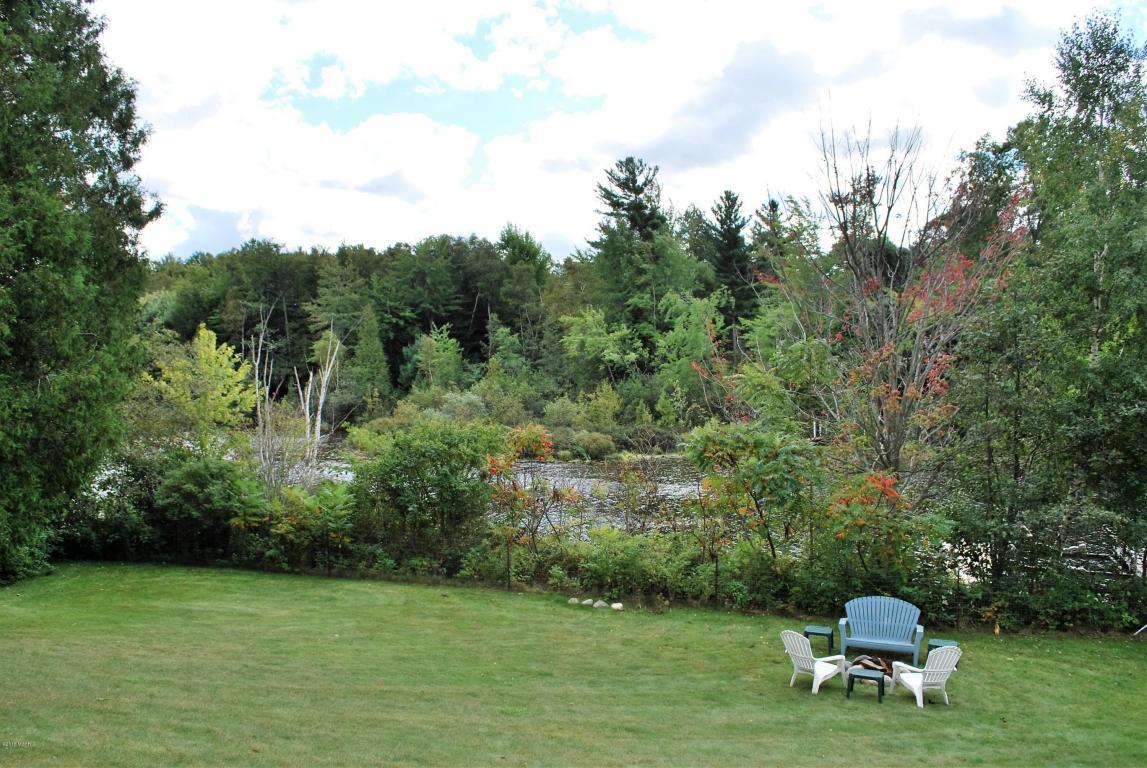 Single Family Residence, Ranch - Ludington, MI (photo 4)