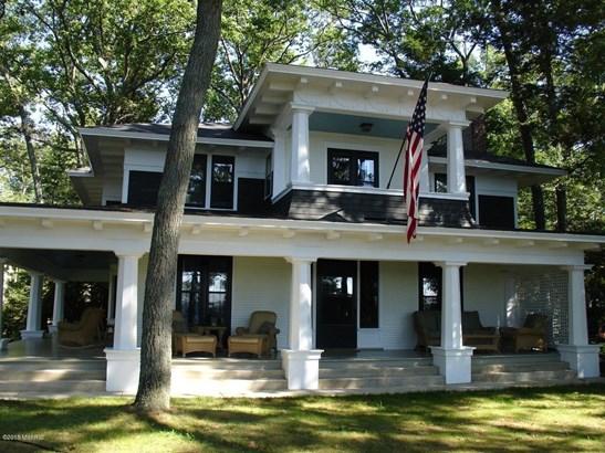 Single Family Residence, Colonial - Montague, MI (photo 3)