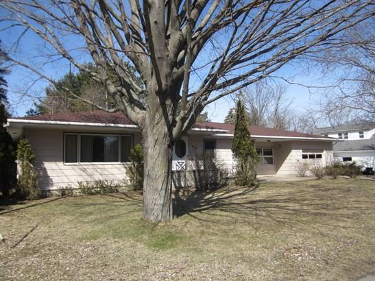 Single Family Residence, Ranch - Manistee, MI (photo 2)