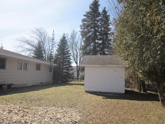 Single Family Residence, Ranch - Manistee, MI (photo 4)