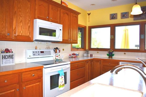 Single Family Residence, Contemporary - Mears, MI (photo 4)