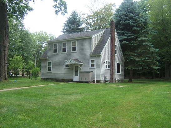 Cape Cod, Single Family Residence - Montague, MI (photo 1)