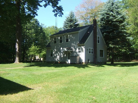 Cape Cod, Single Family Residence - Montague, MI (photo 2)