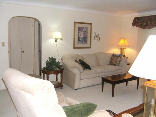 Cape Cod, Single Family Residence - Montague, MI (photo 5)