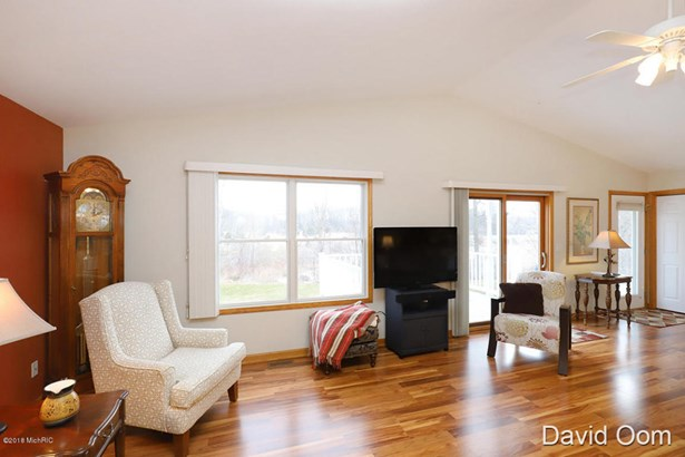 Condominium, Ranch - Middleville, MI (photo 3)