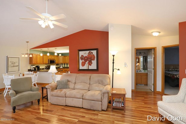 Condominium, Ranch - Middleville, MI (photo 5)