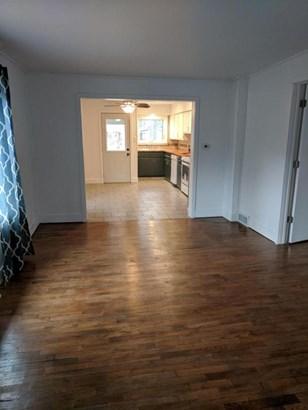 Cape Cod, Single Family Residence - Muskegon, MI (photo 5)