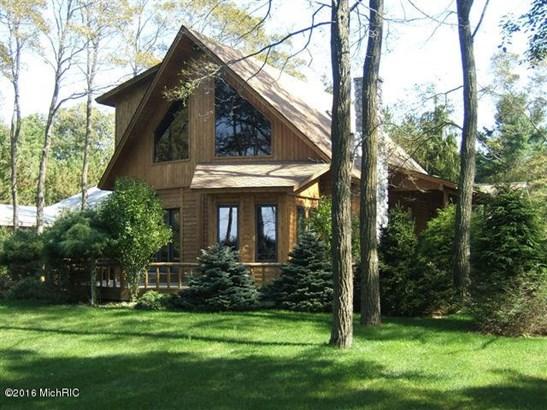 Chalet, Single Family Residence - Montague, MI (photo 1)