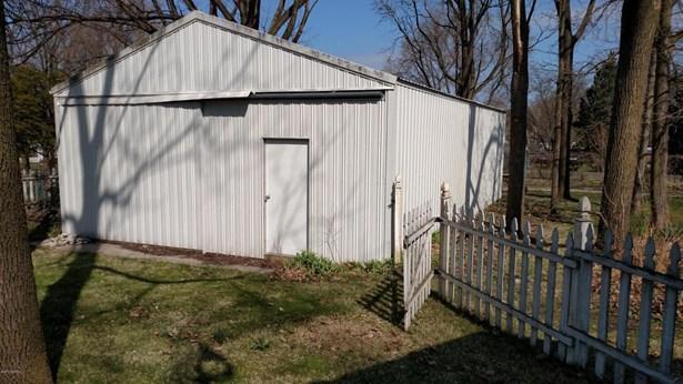 Single Family Residence, Ranch - Ionia, MI (photo 4)