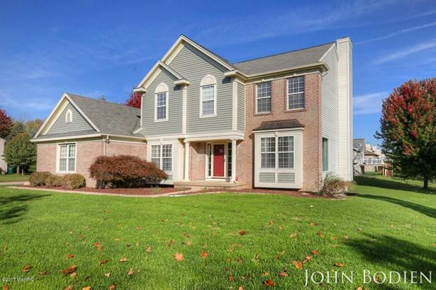 Single Family Residence, Colonial - Rockford, MI (photo 2)