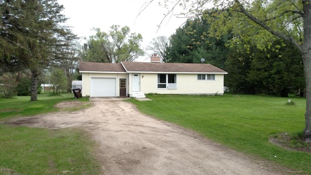 Single Family Residence, Ranch - Greenville, MI (photo 1)