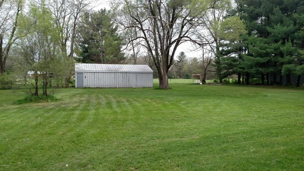 Single Family Residence, Ranch - Greenville, MI (photo 3)