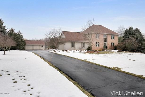 Single Family Residence, Traditional - Belmont, MI (photo 3)