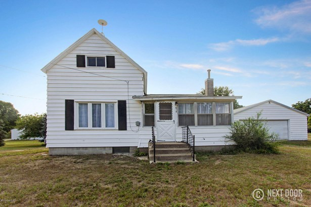 Single Family Residence, Traditional - Belding, MI