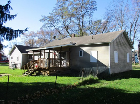 Single Family Residence, Ranch - Fountain, MI (photo 3)