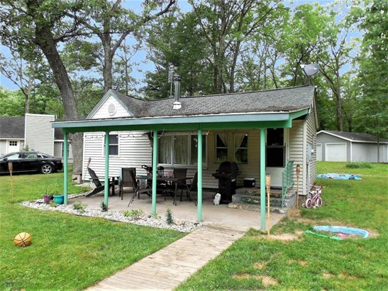 Cabin/Cottage, Single Family Residence - Baldwin, MI (photo 2)