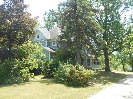 Single Family Residence, Victorian - Kentwood, MI (photo 4)