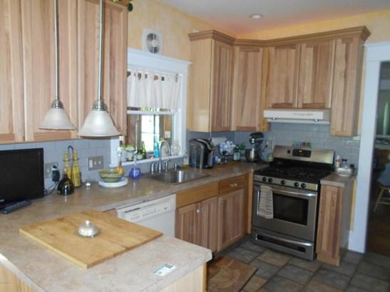 Single Family Residence, Victorian - Kentwood, MI (photo 5)