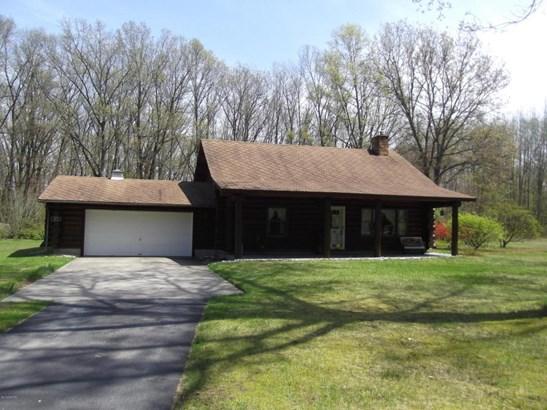 Single Family Residence, Log Home - Muskegon, MI (photo 1)