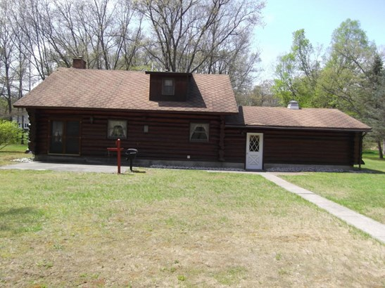 Single Family Residence, Log Home - Muskegon, MI (photo 2)