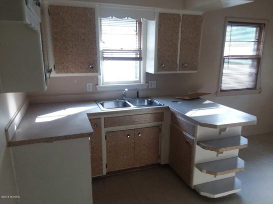 Single Family Residence, Ranch - Muskegon Heights, MI (photo 2)