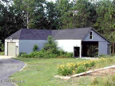 Single Family Residence, Contemporary - Scottville, MI (photo 5)
