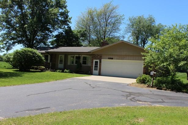 Single Family Residence, Ranch - Wayland, MI