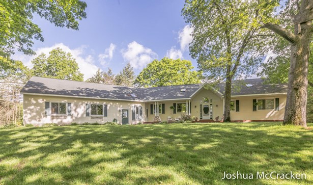 Single Family Residence, Ranch - Lowell, MI (photo 2)