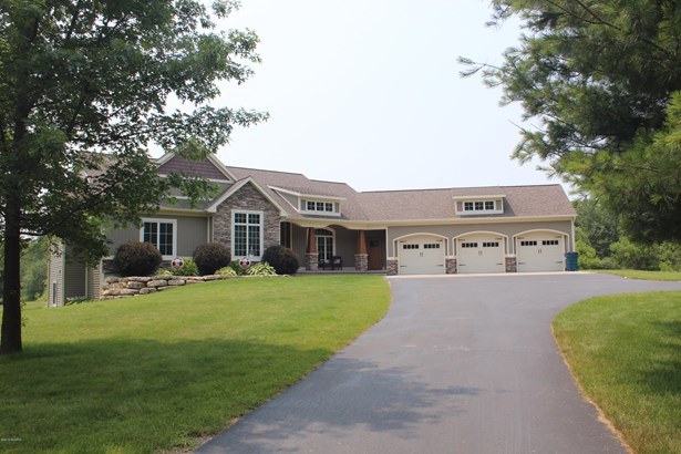 Single Family Residence, Ranch - Cedar Springs, MI (photo 1)