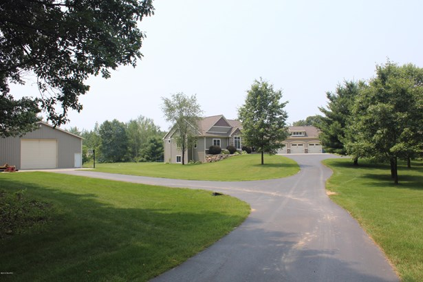 Single Family Residence, Ranch - Cedar Springs, MI (photo 5)
