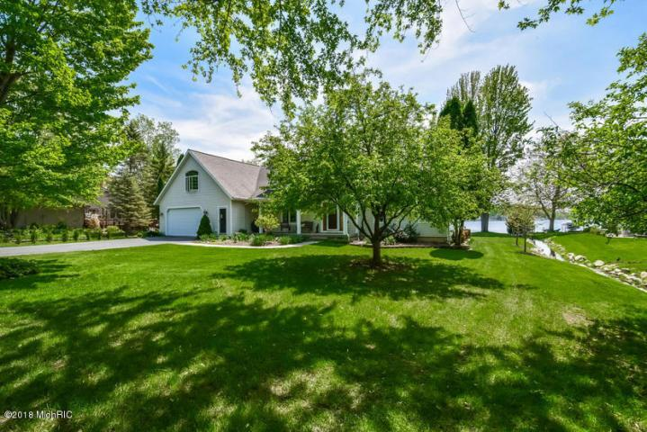 4210 Trails End Rd, Middleville, MI - USA (photo 2)