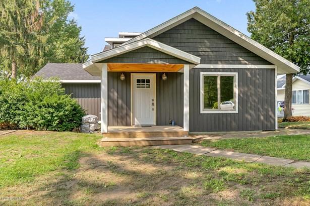 Cabin/Cottage, Single Family Residence - Twin Lake, MI