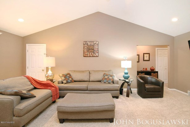 Single Family Residence, Ranch - Belmont, MI (photo 5)