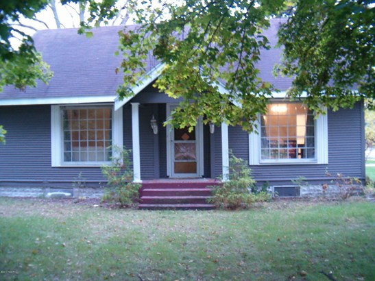 Cape Cod, Single Family Residence - Grandville, MI (photo 1)