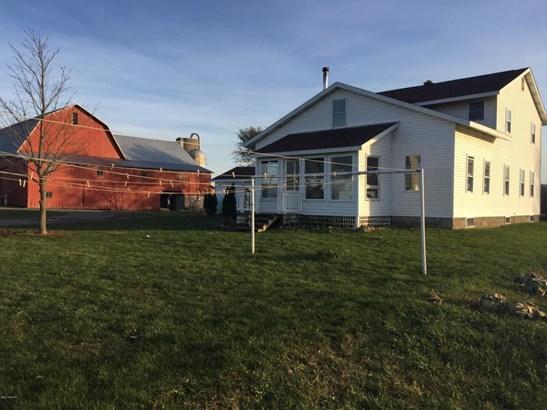 Farm House, Single Family Residence - Coral, MI (photo 2)