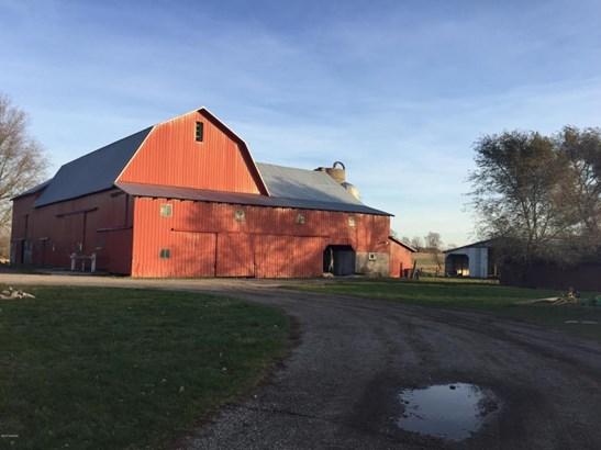 Farm House, Single Family Residence - Coral, MI (photo 3)