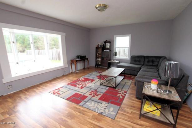 Single Family Residence, Ranch - Fremont, MI (photo 4)